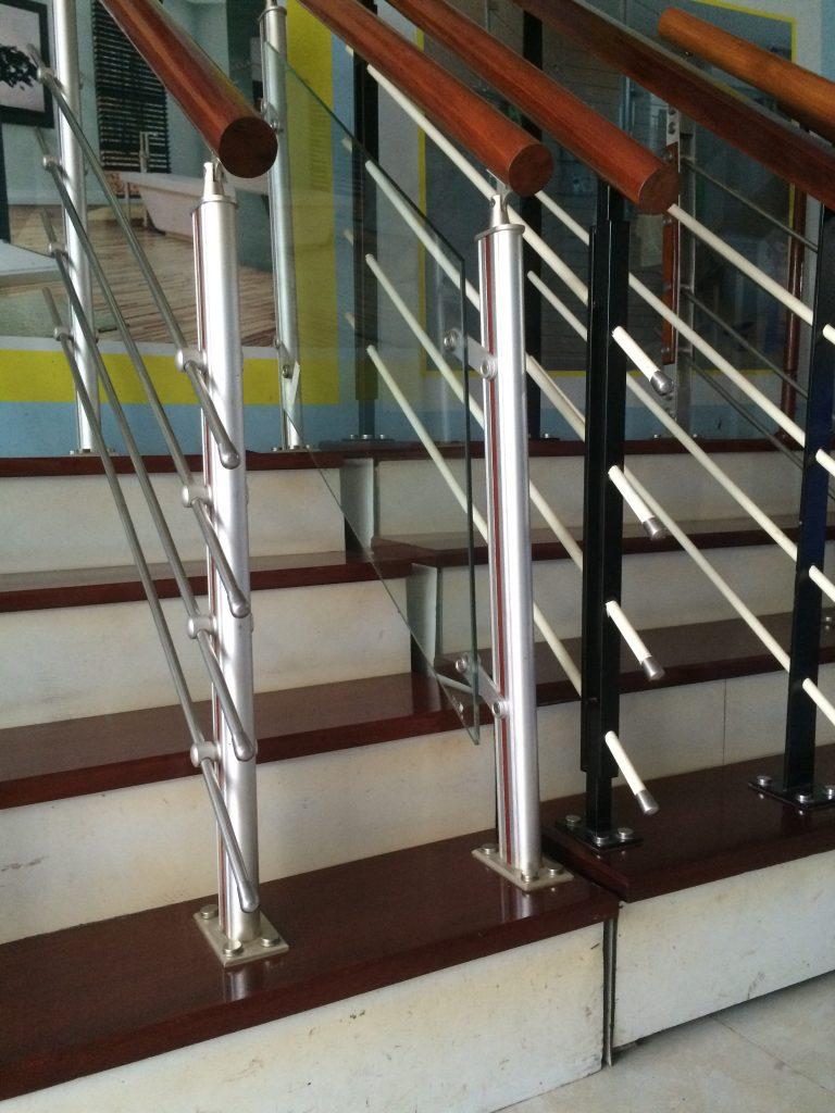 Phụ kiện cầu thang kính#2