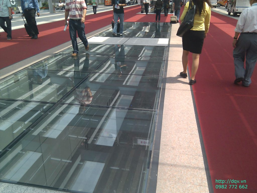 Sàn nhà bằng kính cường lực#4