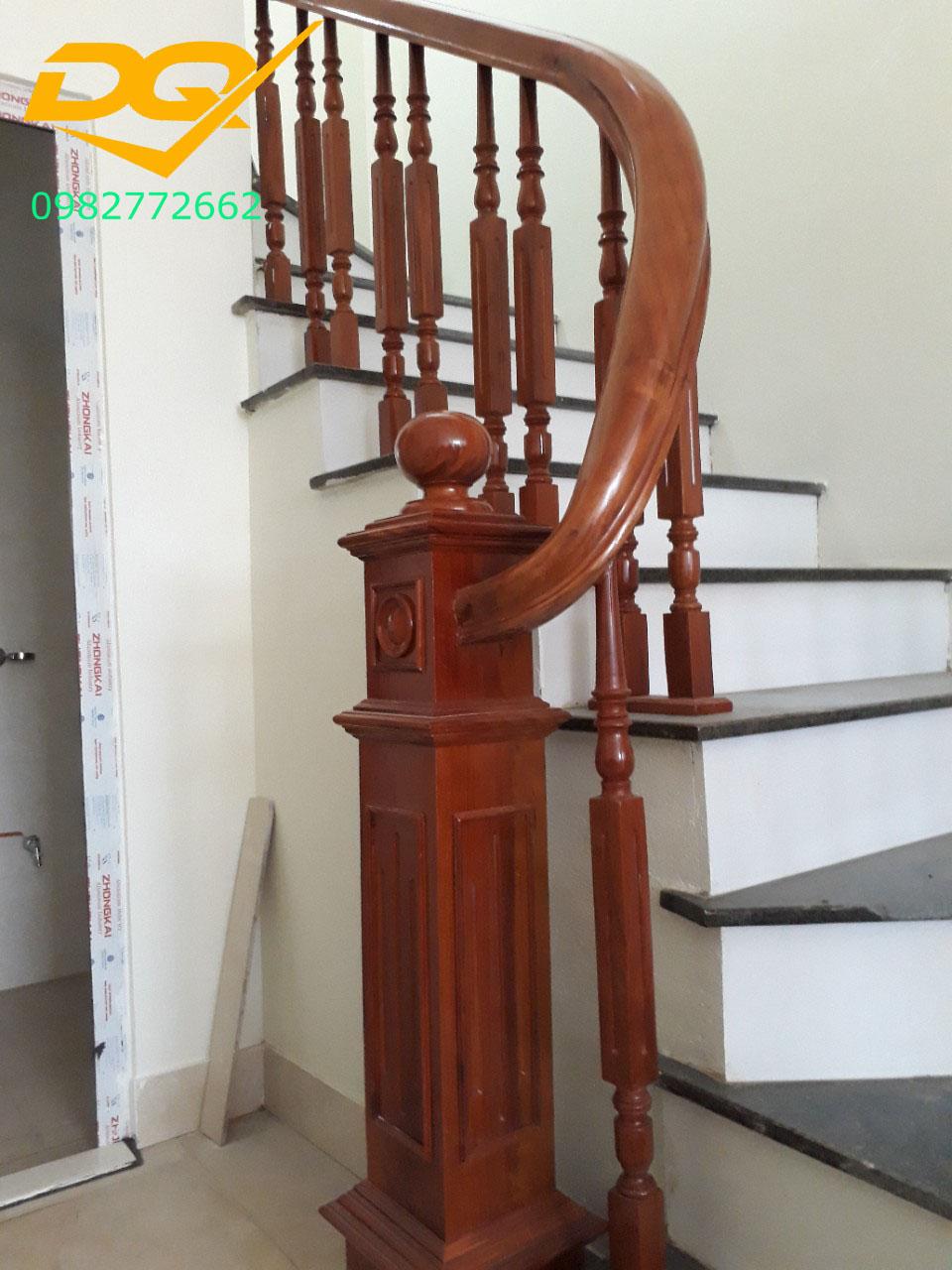 Mẫu cầu thang gỗ#6