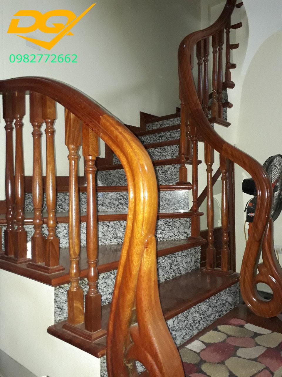 Mẫu cầu thang gỗ#8