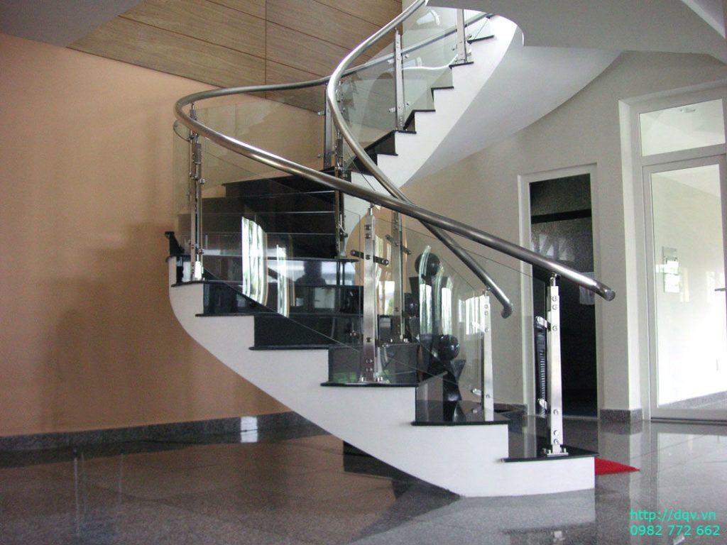 Cầu thang inox kính#11