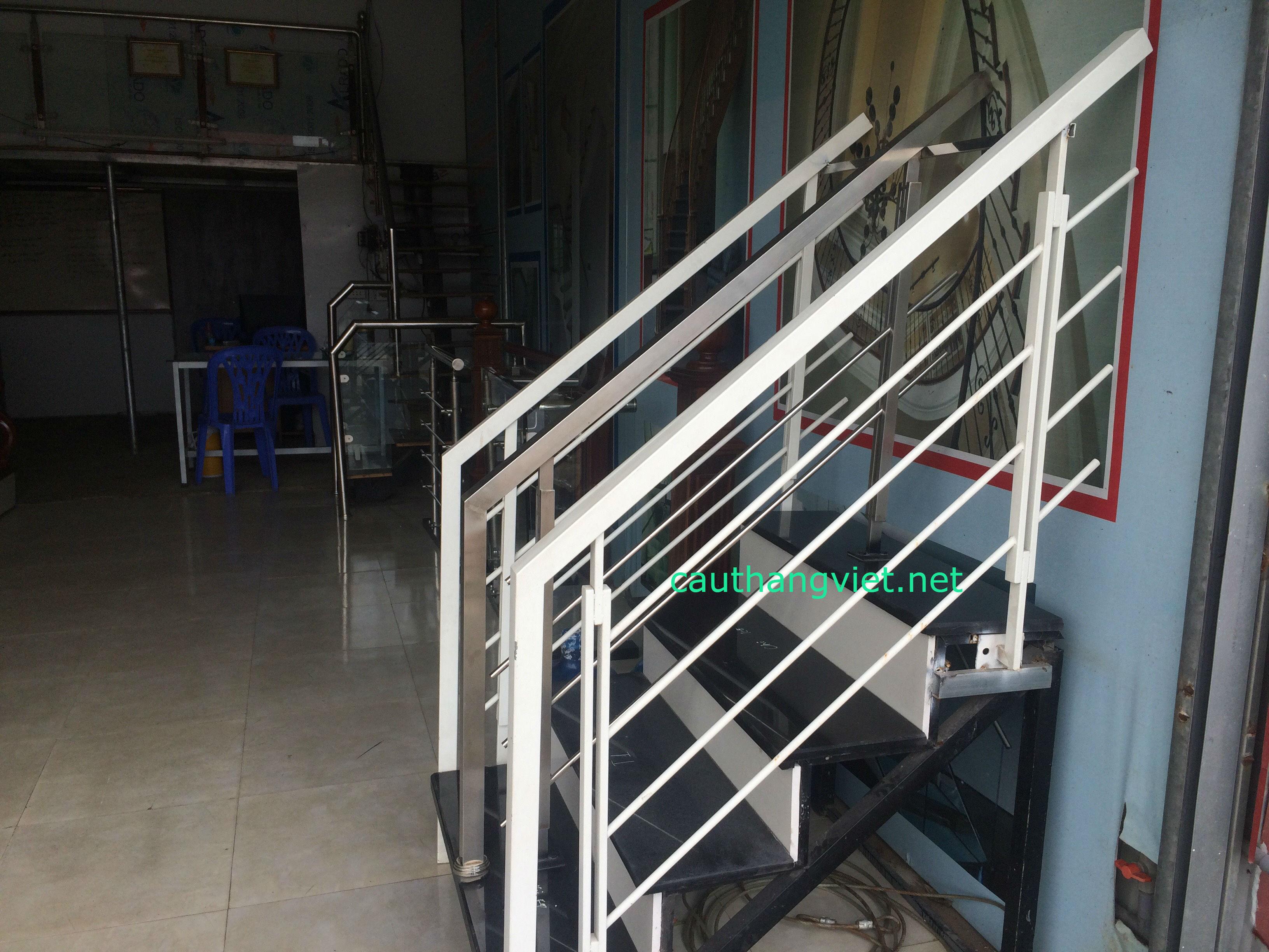 cầu-thang-sắt#2