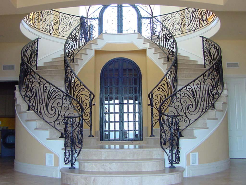 Cầu thang sắt 3