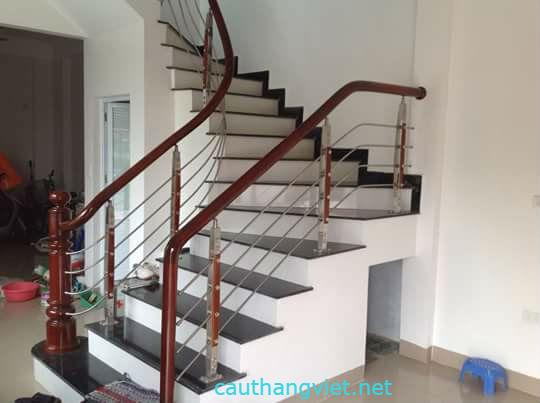 Cầu thang inox-mẫu 3