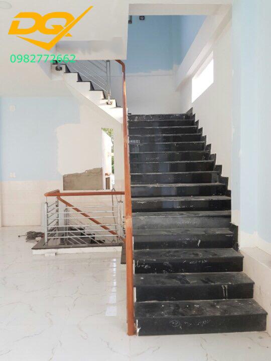 Cầu thang sắt hộp-Mẫu 13
