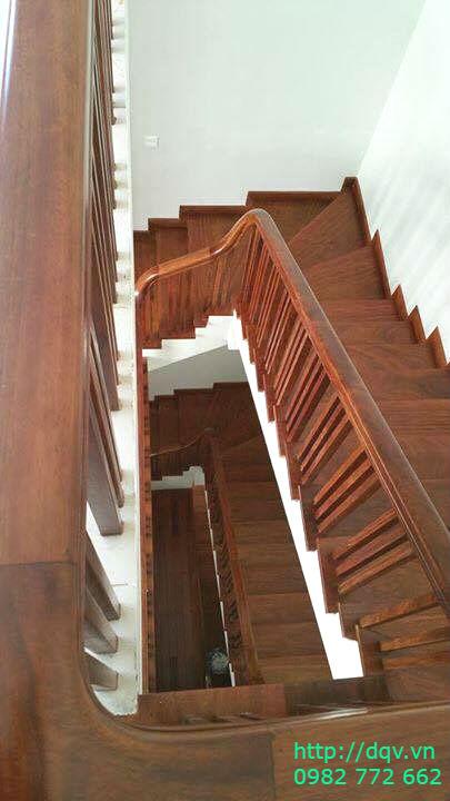 Mẫu cầu thang gỗ#12