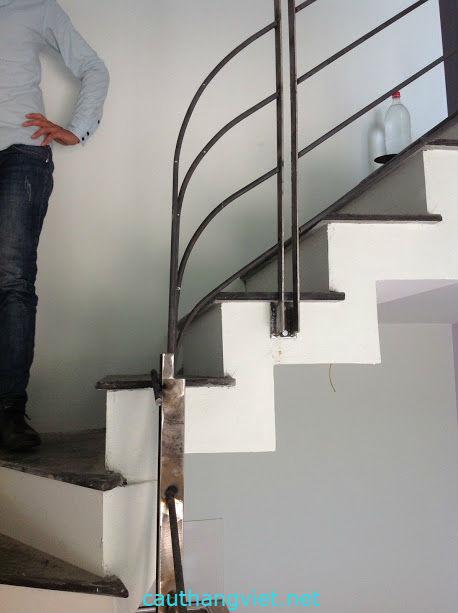 Cầu thang sắt ngoài trời đẹp#3