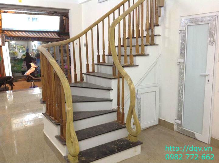 Mẫu cầu thang gỗ#4