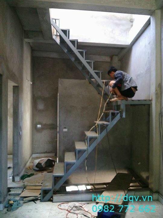 Cầu thang xương cá bê tông#7
