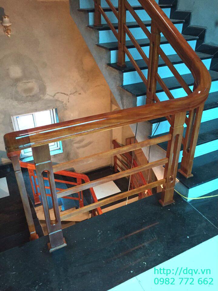Mẫu cầu thang gỗ song luồn lim nam phi#10