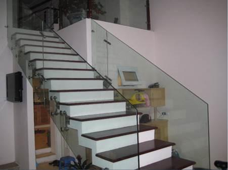 Cầu thang kính-Mẫu 10