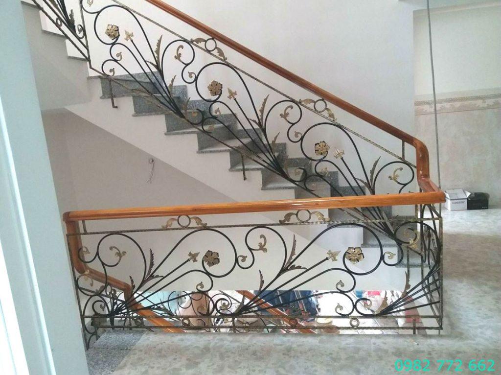 Cầu thang sắt mỹ thuật#6