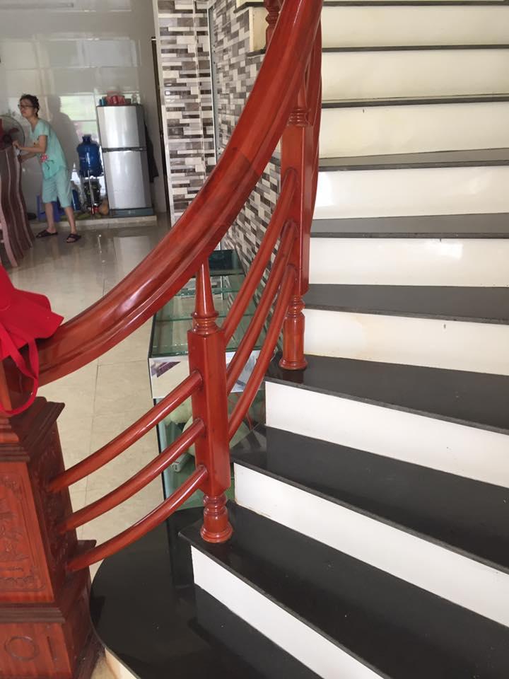 Mẫu cầu thang gỗ tự nhiên lim nam phi#4