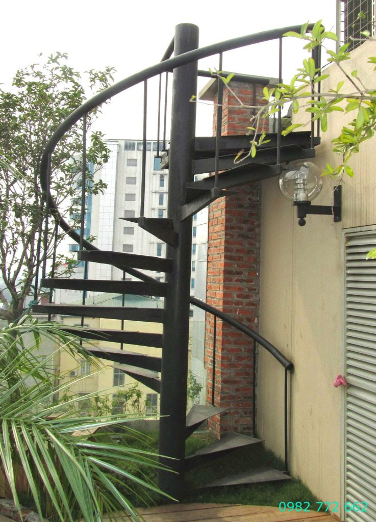 Cầu thang sắt#2