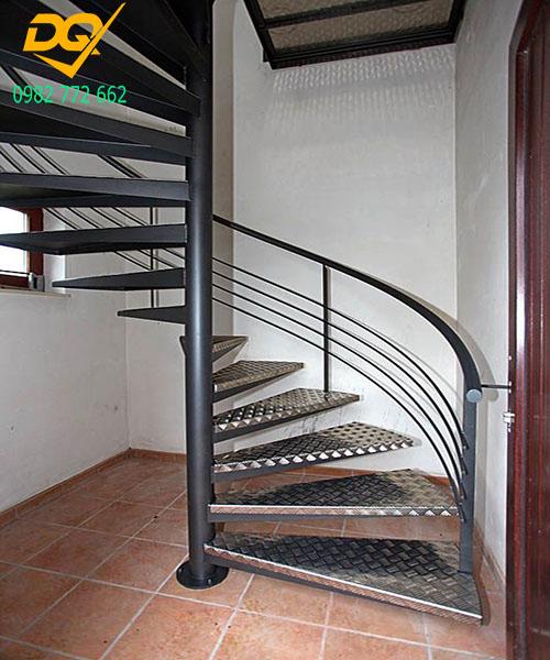 Cầu thang xoắn ốc inox#8
