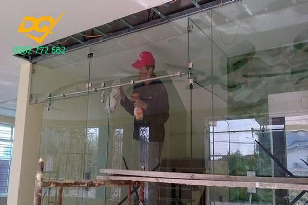 Sửa chữa lắp đặt kính cường lực tại Hà Nội- 1