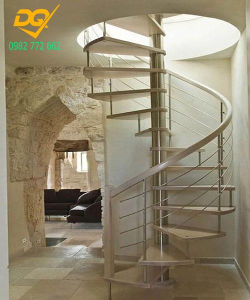 Cầu thang xoắn ốc inox#10