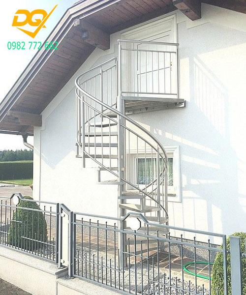 Cầu thang xoắn ốc inox#5