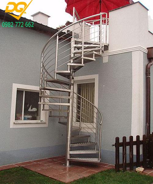 Cầu thang xoắn ốc inox#11