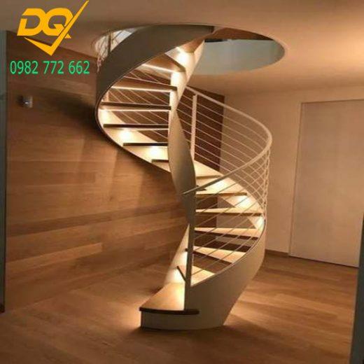 Mẫu cầu thang xoắn ốc gỗ - 13
