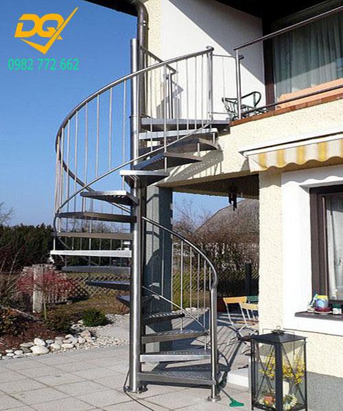 Cầu thang xoắn ốc inox#16