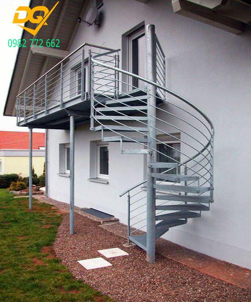 Cầu thang xoắn ốc inox#18