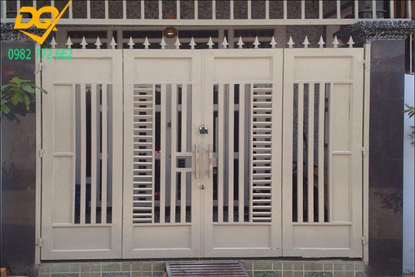 Mẫu cửa hàng rào sắt - 9