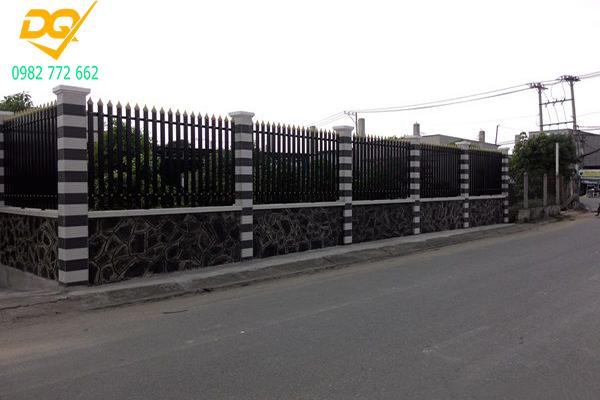 Mẫu hàng rào sắt đơn giản đẹp - 1