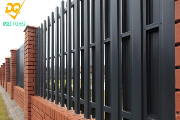 Mẫu hàng rào sắt đơn giản đẹp - 4