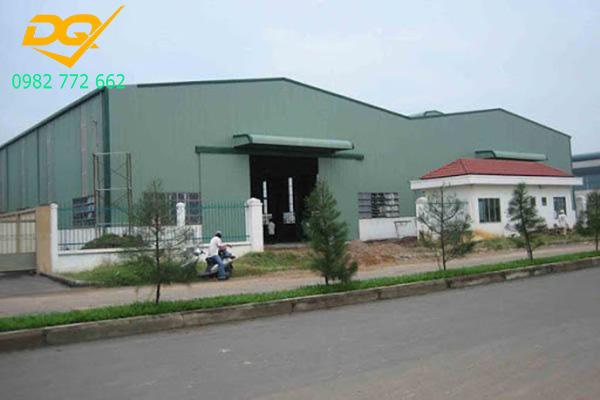 Mẫu nhà xưởng lợp mái tôn bằng thép - 7