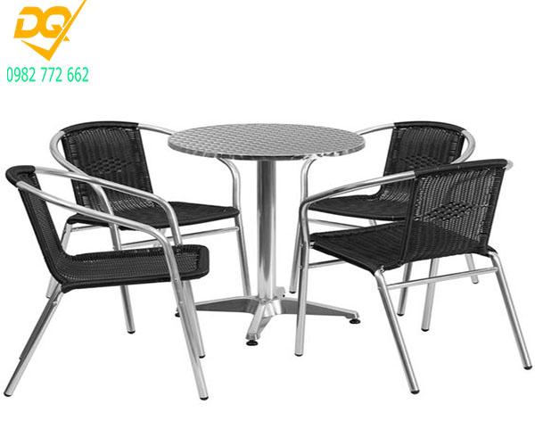 Mẫu bàn ghế Inox đẹp - 9