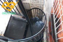 Cách làm cầu thang xương cá bằng sắt đơn giản đẹp nhất