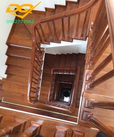 Ưu điểm của mặt bậc cầu thang gỗ nhựa