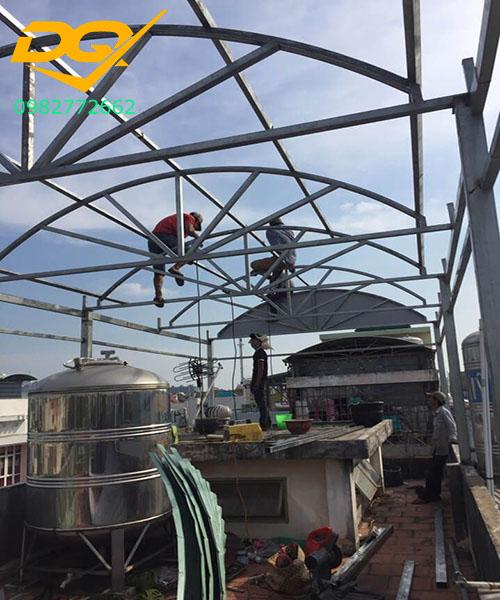 Thi công xây dựng mái tôn vòm mái