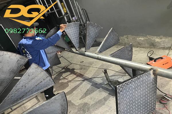 Cách uốn tay vịn cầu thang xoắn ốc#3
