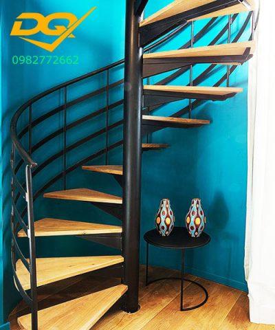 #Cầu thang xoăn ốc (44)